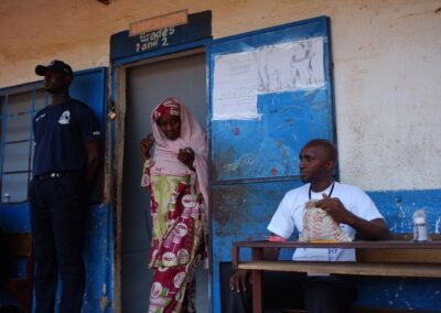 A women cast her vote in the first democratic elections of the country. Serekunda, The Gambia 2016